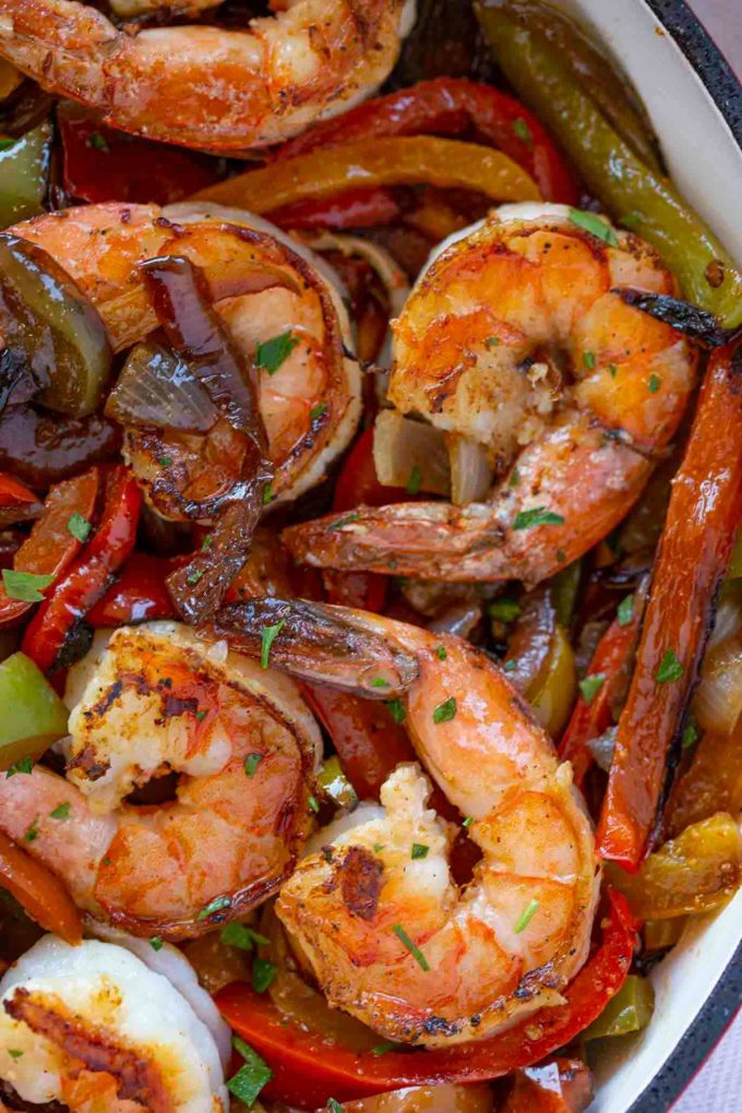 Healthy Shrimp Fajitas in Skillet